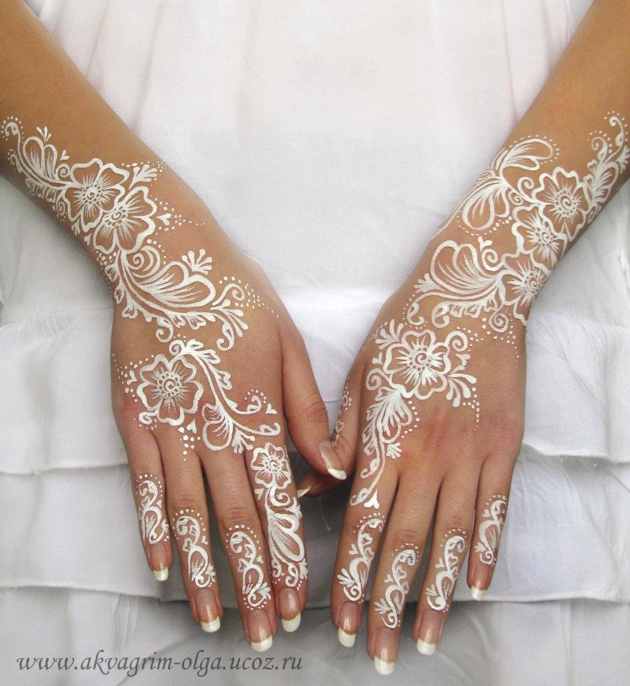 Свадебное белое мехенди