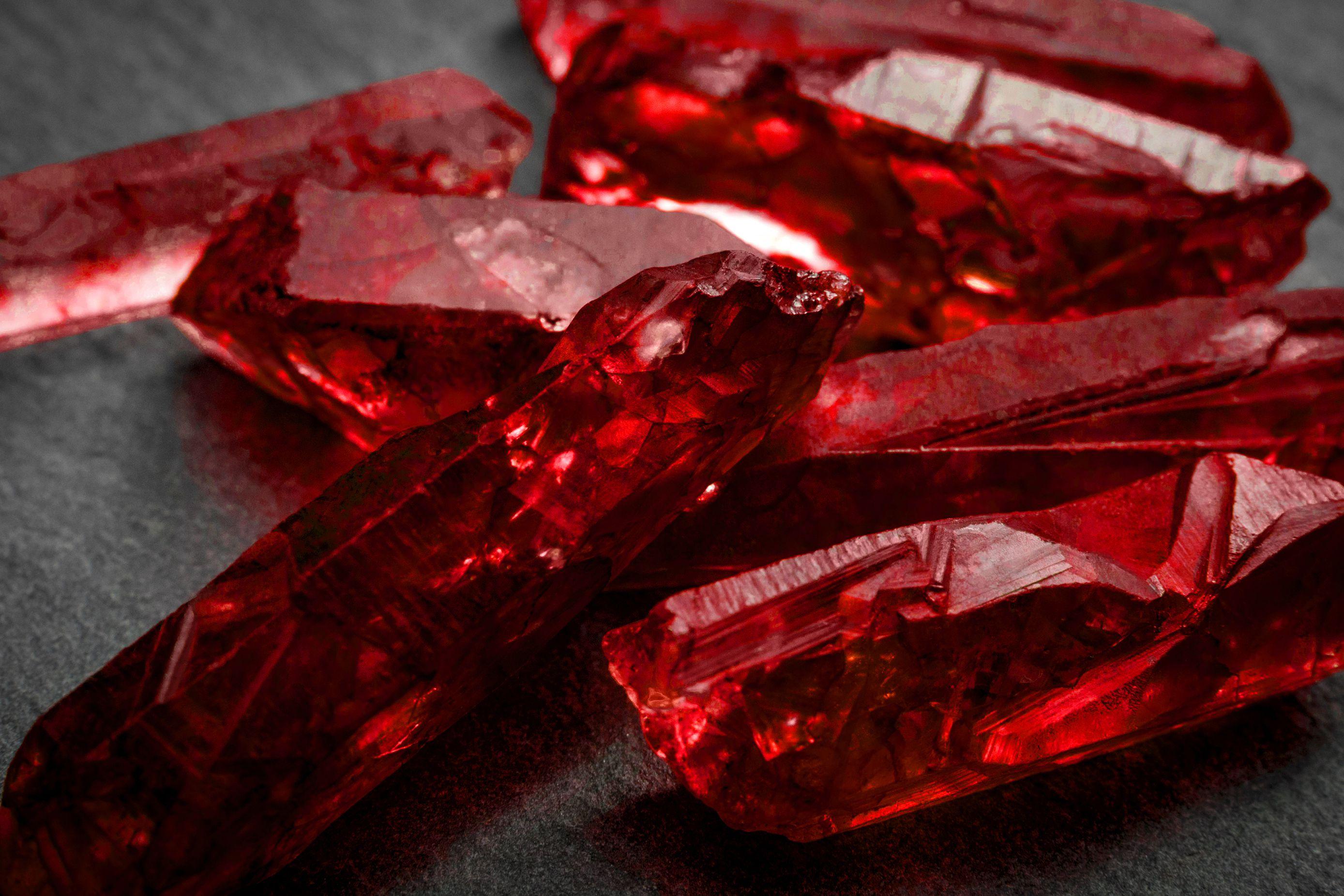 Камни рубин картинки